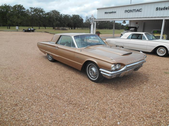 1964 THUNDERBIRD H.T. LOADED ONLY $11,964