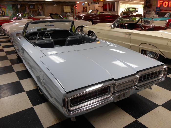 BEAUTIFUL 1964 THUNDERBIRD CONVERTIBLE,  ASKING ONLY $ 18,964
